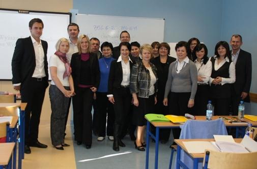 Wykładowcy i studenci nowego kierunku na WSB