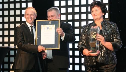 Wręczenie nagrody podczas III Gali Polish National Sales Awards